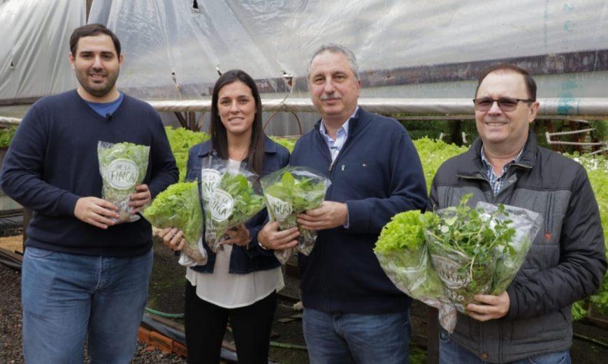 El Gobernador recorrió emprendimientos de comida saludable en Leandro N. Alem